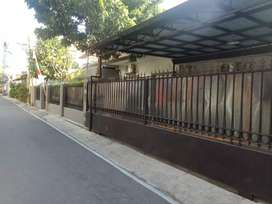 Dijual rumah di tengah kota Solo