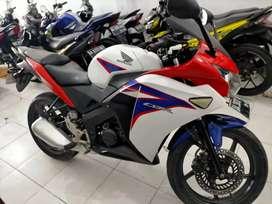 cbr th 2012 samping komplek Andika Sultan Adam hairi motor