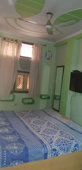 ONE BHK FULLY FURNISHED FLATS FOR RENT NEAR BY NODIA SEC 15