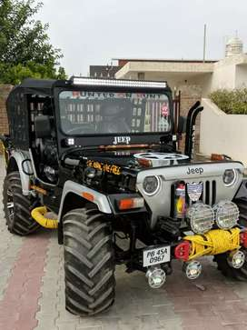 Modified open Jeeps Thar