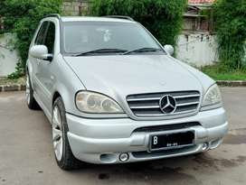 Mercedes Benz ML 320 AT tahun 2000