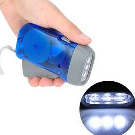 Lampu senter led pompa tanpa baterai/di ces ulang
