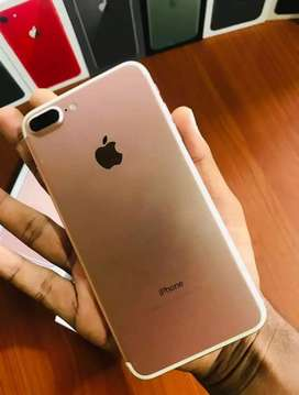 iPhone 7 plus mobile phone full box for sale