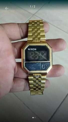 Dijual jam tangan nixon original