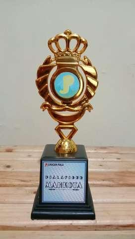 Piala Trophy Figur murah promo