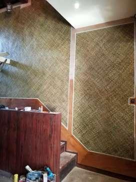 Wallpaper dinding, sekat partisi dan plafon dari anyaman kulitan bambu