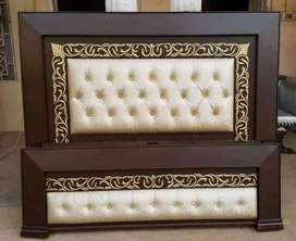 Doubl bed full size leather kushn