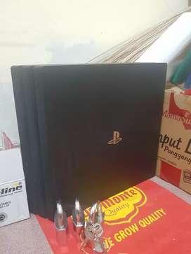 PS4 Pro 1TB full game kondisi istimewa