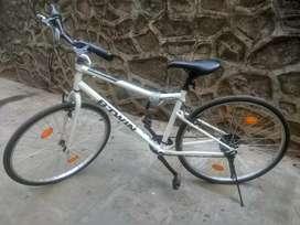 B TWIN RIVERSIDE 100 BICYCLE