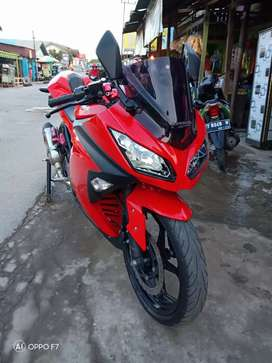 Kawasaki ninja fi 250 thn 2015