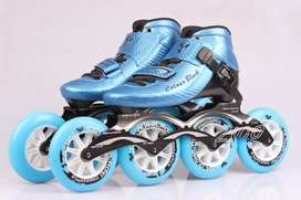 BRANDED SKATES 1st CLASS NOT EVRN USED