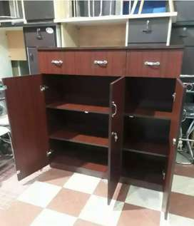 Office fileracks, wardrobes, cuboards available at an resonable prices