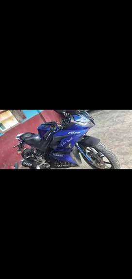 R15 v3 in well condition
