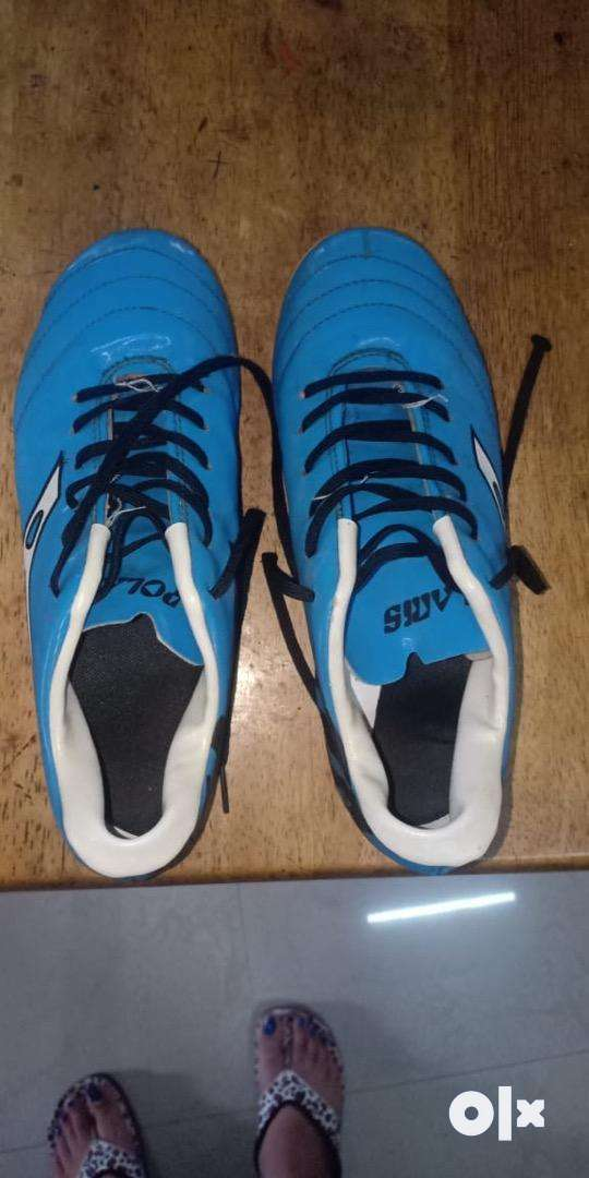 Football studs in good condition 0