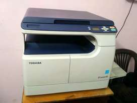 Toshiba e Studio 18 Digital Photocopier Machine. ( Reconditioned)