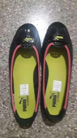 Ladies Puma shoe size 8