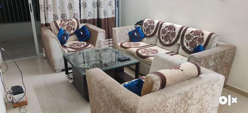 Sofa set with center table in perfect condition available for sale 0