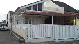 Jual Rumah Perum Parahyangan dekat Bandara Tasikmalaya strategis.