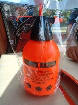 Sprayer hand pump