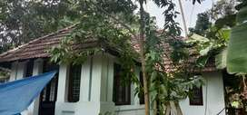 Paying guest for men near thrissur town