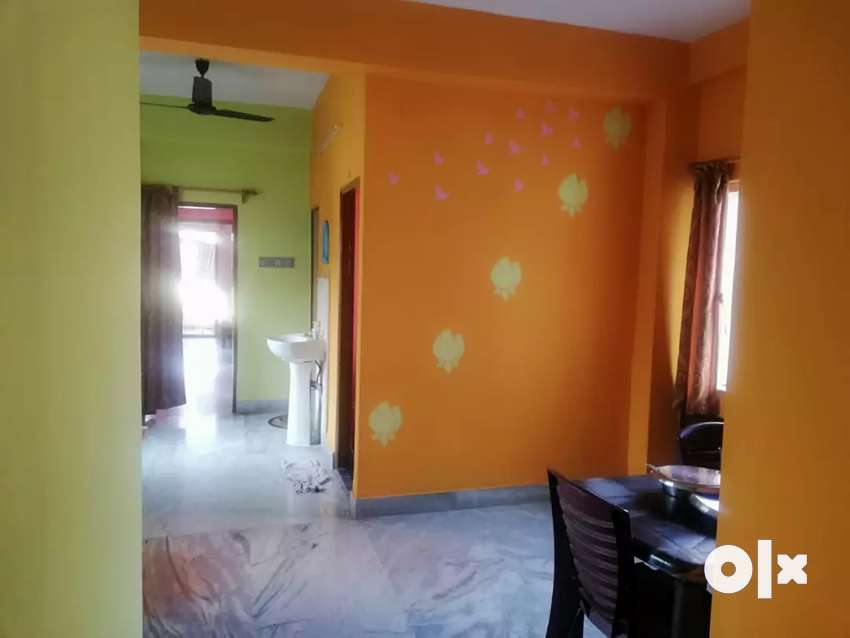 We have 2bhk flat for rent at kestopur area 0