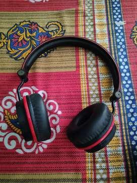 Boat Rockerz 400 Headphone