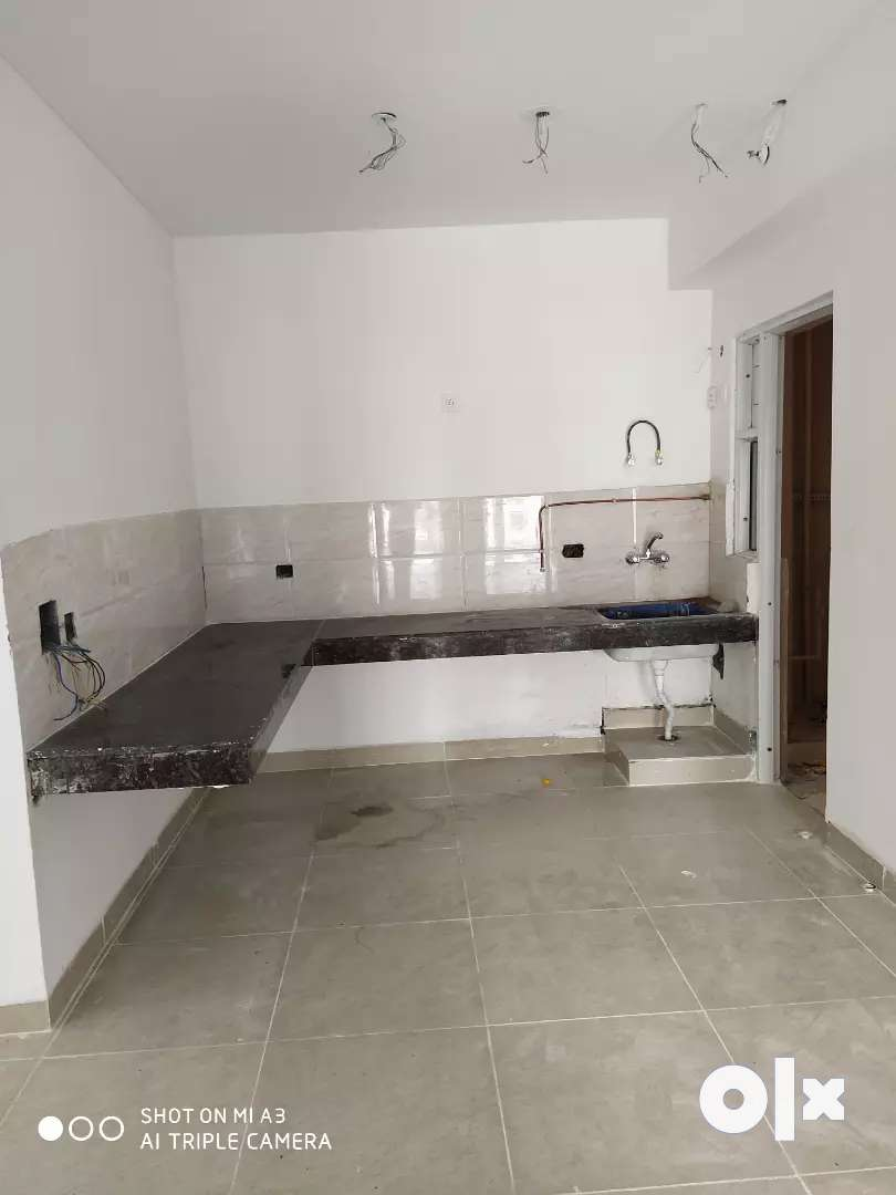 2bhk unfurnished flat available for rent in Ajnara homes. 0