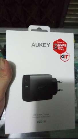 Aukey Amp Dual Port Wall Charger with USB-C Output Jaminan original