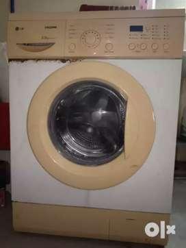 LG front loaded washing machine
