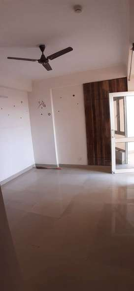 2BHK FLAT FOR RENT IN SUPERTECH ECO VILLAGE 2
