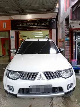 Mitsubishi pajero sport dakar 2.5L 4x4 2012, bisa tukar tambah