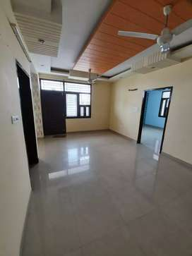 2 BHK apartment rent 13,000 upar with maintenance