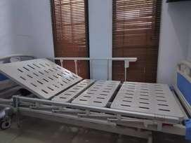 Ranjang Elektrik - Ranjang Pasien - Tempat Tidur Rumah Sakit