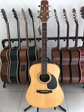 Gitar akustik Original Segovia asal Spanyol
