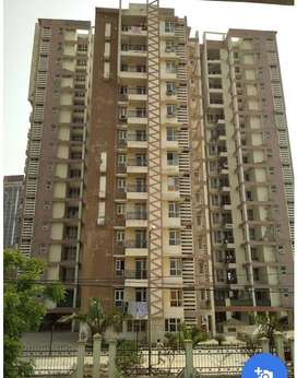 One Flatmate for a fully furnished AC room in a 4BHK flat