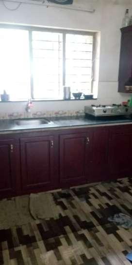 4bedroom 4bathrooms 2hall kitchen workarea