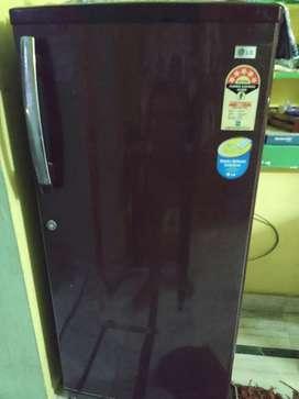 Good condition fridge need money urgently