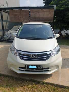 Honda Freed, Putih mulus, 2014 dijual