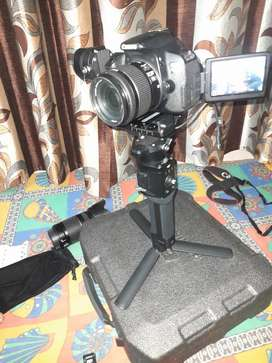 Dslr camera on rent in reasonable rates with two lens 80d and 7d or