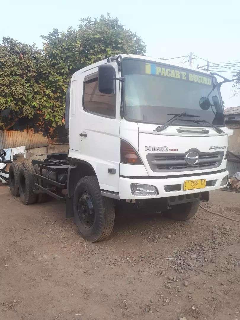 Hino lohan FM320P tractor head kepala trailer 0