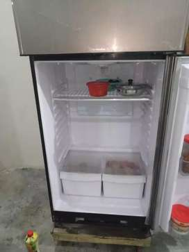 Waves WR-3200 Model 2018 Fridge with Complete Accessories