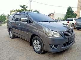 Toyota kijang innova G 2.5 2011/2012 MT diesel solar mirip 2013