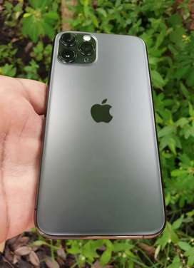 IPhone 11 Pro 256gb Green colour clean