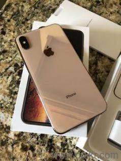 Apple I phone is available in fantastic condition with bill box & all