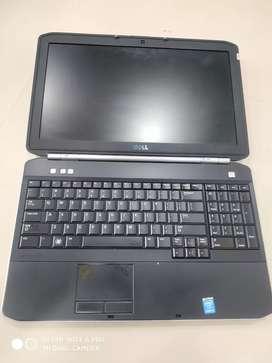 Dell 5520 i5  15.6' screen laptop