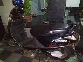 Honda pleasure, 2011 purchased, gearless