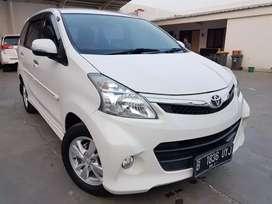 Toyota Veloz 1.5 at 2015 Putih DP Ringan