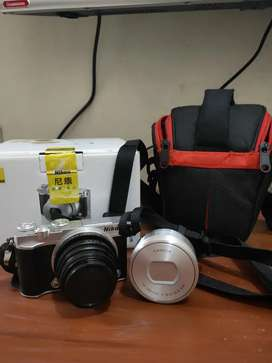 Kamera mirorless Nikon 1 j5 harga nego