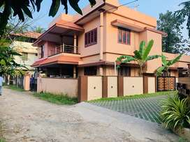 Palarivattom mamangalam 5cent 2500sqft 4bhk house
