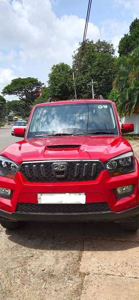 Mahindra Scorpio S6 Plus - Single Owner, Well Maintained, Alloy Wheels